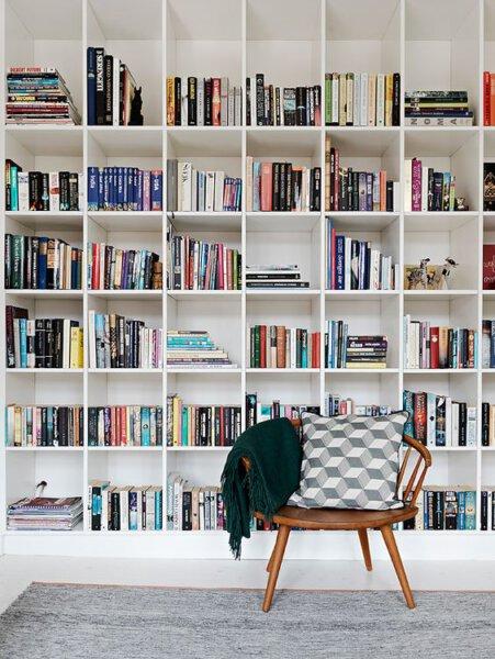 Capa - Organização: siga esses passos para ter uma estante de livros de tirar o fôlego