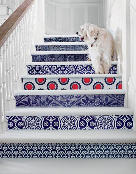 Escada com Tons de Azul