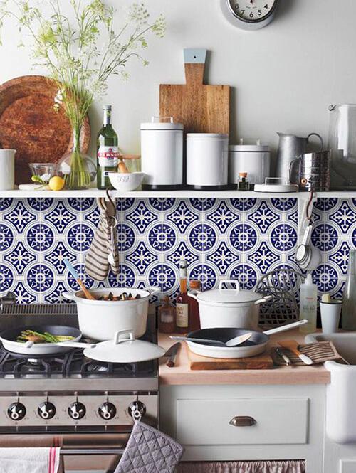 decorar um apartamento alugado - adesivo de azulejo para cozinha