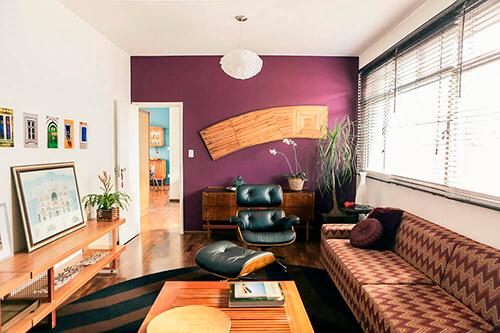 decorar um apartamento alugado - parede beringela