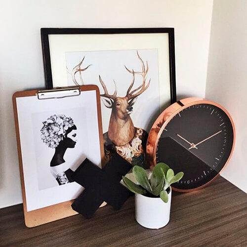 decorar um apartamento alugado - use pequenos quadros