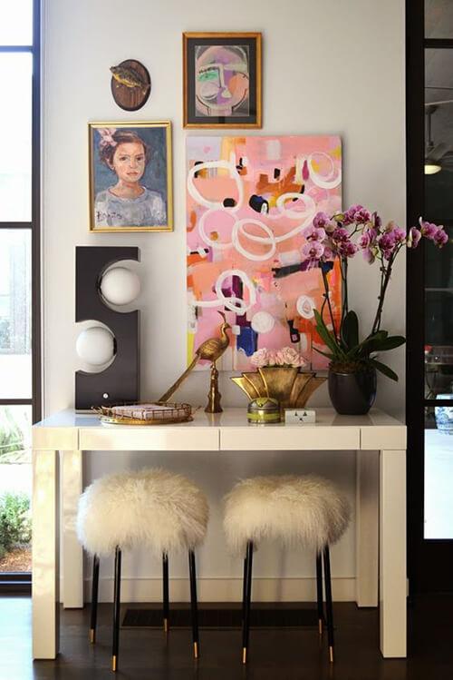 decorar um apartamento alugado - use quadros