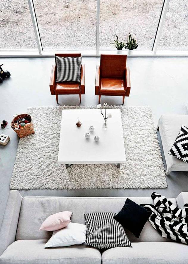 Sala de estar com poltronas