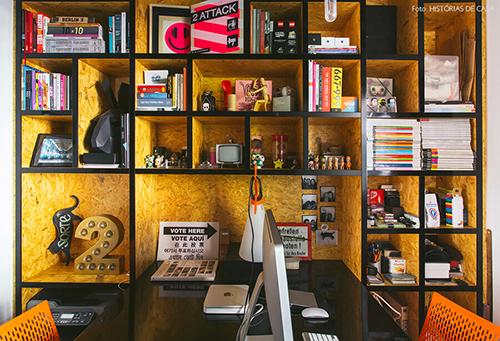 Objetos decorativos no escritorio