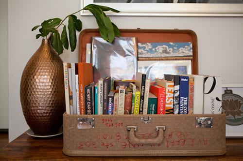 Decorar com amor - exponha suas malas e livros