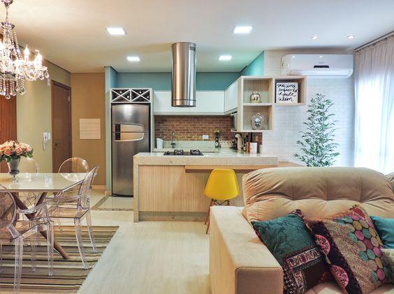 Ambientes integrados dominam as construções e permitem decorações incríveis