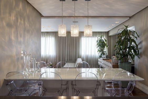 tampo para a mesa jantar - Cadeira Ghost - LIV Decora