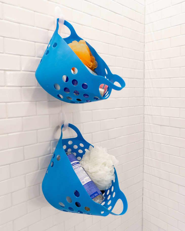 at art photo 2020 02 small bathroom tricks small baskets shower