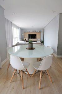Mesa de Jantar Redonda Cone Branca