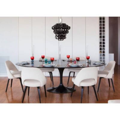 Mesa de Jantar Saarinen Oval Preta