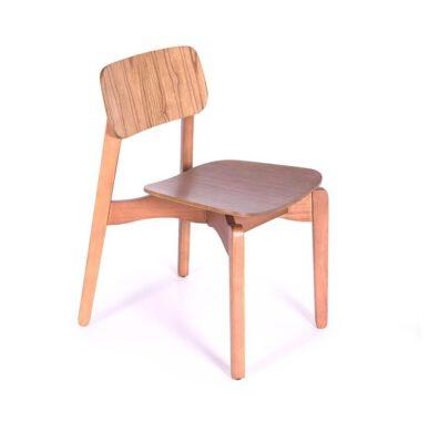 Cadeira Empilhável Laminada Yumi